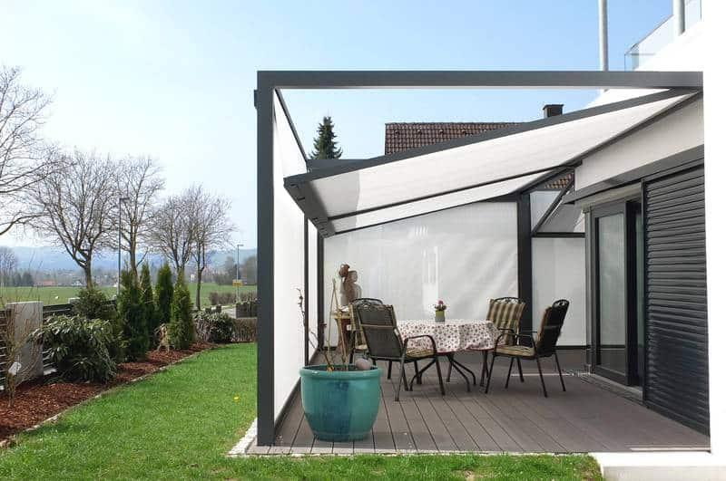 freistehende markisen behrens rolladen und sonnenschutzsysteme. Black Bedroom Furniture Sets. Home Design Ideas